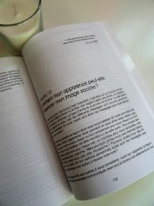 https://sourismaman.com/2015/05/05/selection-de-4-livres-pratiques-ecrire-bien-internet-et-les-enfants-entre-la-protection-et-les-jeux/