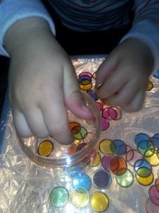 activite-enfant-table-lumineuse-magnetique