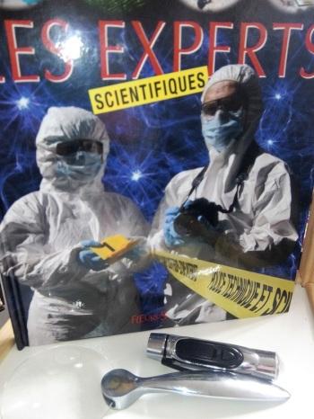 Les experts scientifiques livre enfant