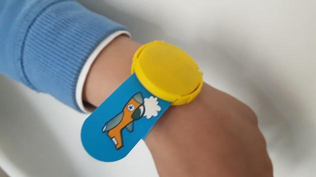 vacances-bracelet-securite-enfant