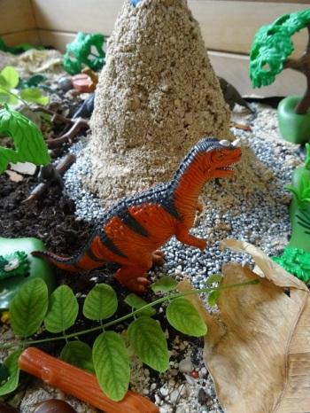 bac-sensoriel-dinosaure-especes
